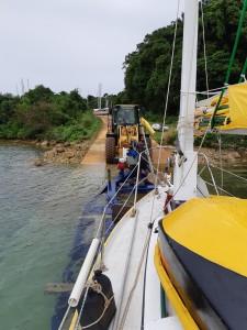 Hauling out at the Boatyard